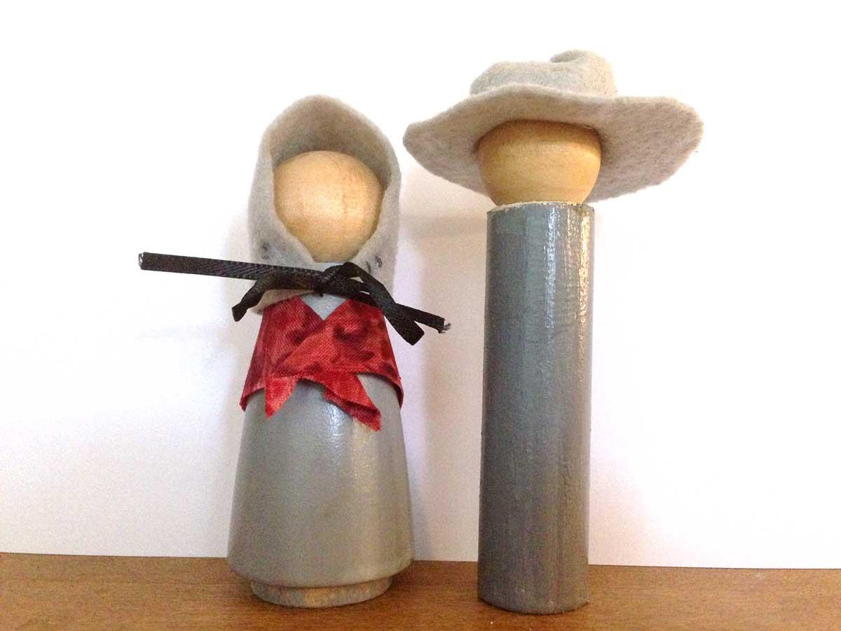 Two Quaker Figures
